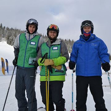 Picture of Veterans Rocky Mountain Adventure - Stand Ski