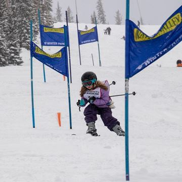 Picture of Special Olympics Alpine - Stand Ski